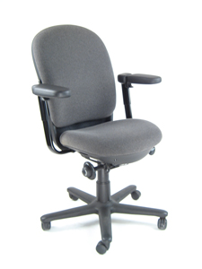 STEELCASE%204611411%20DRIVE%20CHAIR%20WITH%20SWIVEL%20ARMS